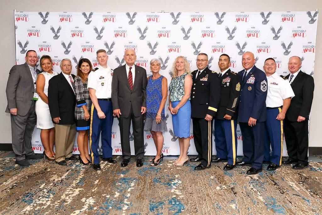 CSI Aviation staff at the 2017 Freedom Award Ceremony in Washington, D.C.